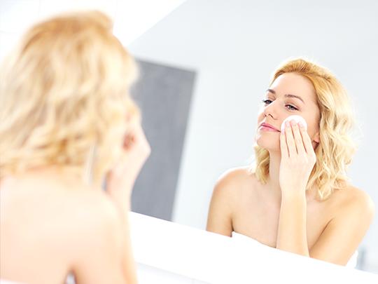 Dicas da Dona – Como fazer limpeza de pele em casa