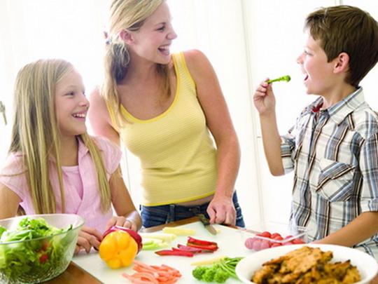Dicas da Dona – Dicas para ensinar as crianças a comer bem [Parte 2]
